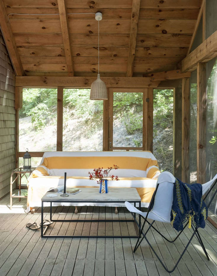feeling the heat? see our roundup ofthe summer living room: \15 airy screened 9