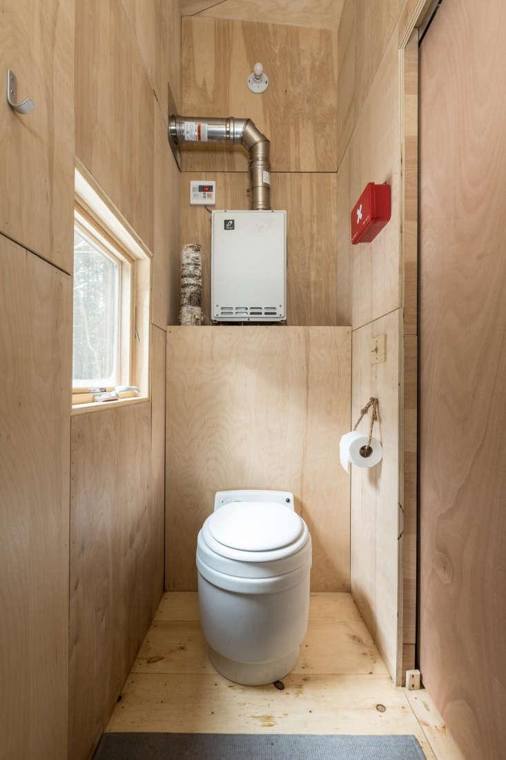 getaway cabin boston interior wood bearwalk 3