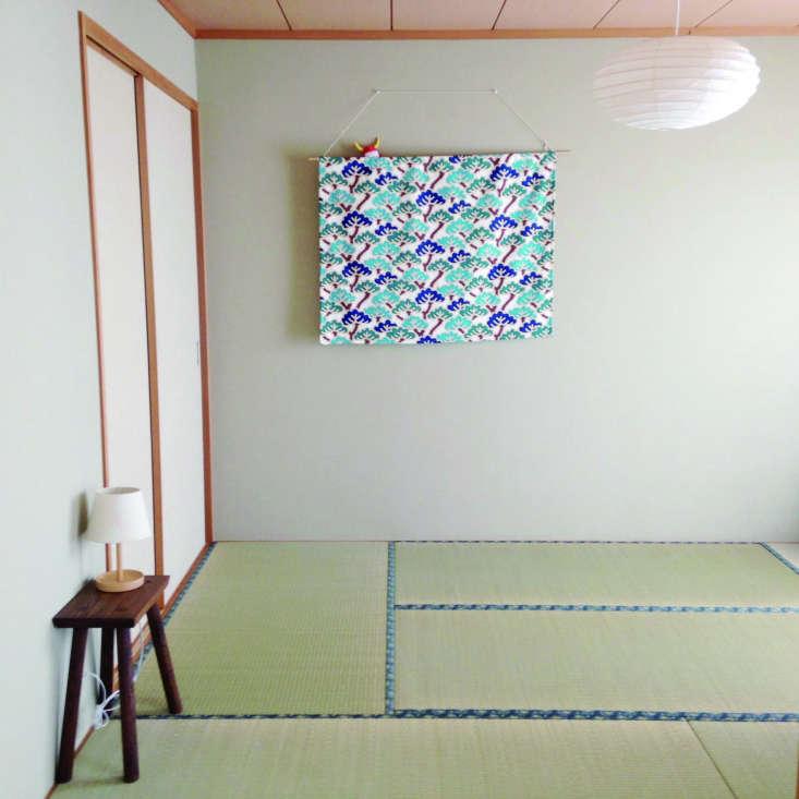 tatami mats in a minimalist room. 13