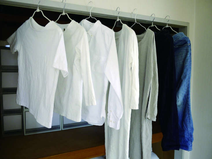 one woman&#8\2\17;s summer wardrobe, profiled in the book, consists of only 12