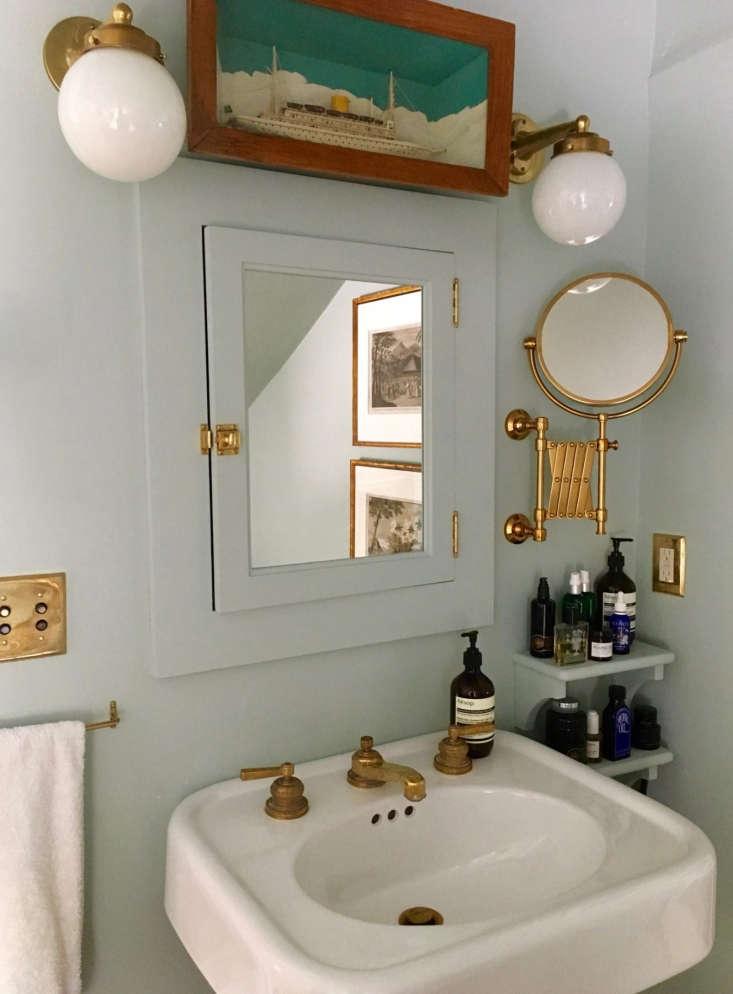 gray bath pedestal sink artwork sconces
