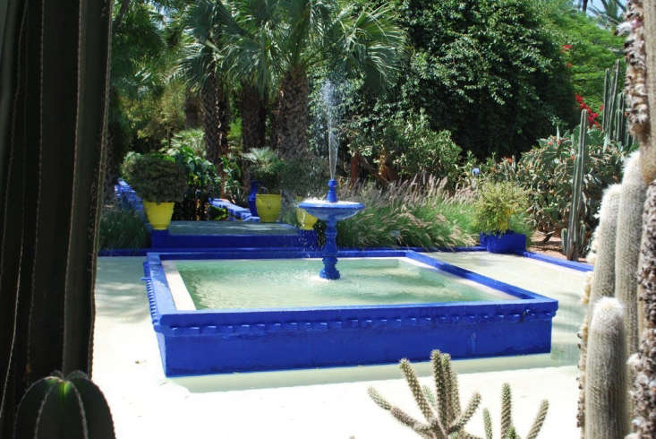 Bolt from the Blue Sightings of Yves Kleins Iconic Hue And one from Gardenista: At his Jardins Majorelle home and gardens in Morocco, Yves Saint Laurent painted fountains, pathways, even the house&#8\2\17;s exterior in an homage to the original Yves. Photograph from\10 Garden Ideas to Steal From Morocco.