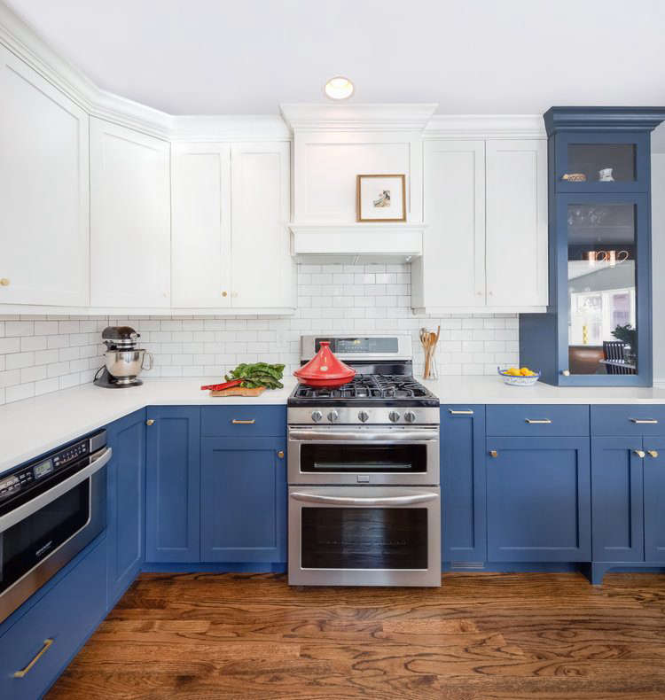 Trend Alert The Cult of the Blue Kitchen 10 Favorites Designer Laura Medicus painted the cabinets in a renovated Denver ranch house with Noir by Pratt & Lambert. Photograph courtesy of Laura Medicus Interiors.