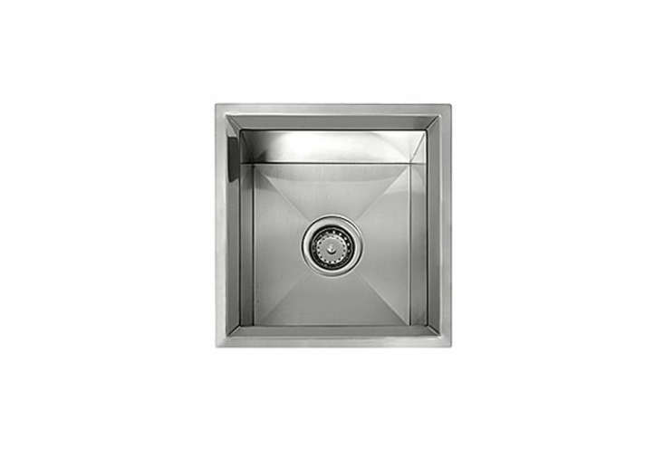 Any durable stainless steel sink will work outdoors. For some of our favorites, see  Easy Pieces: Stainless Steel Kitchen Sinks.
