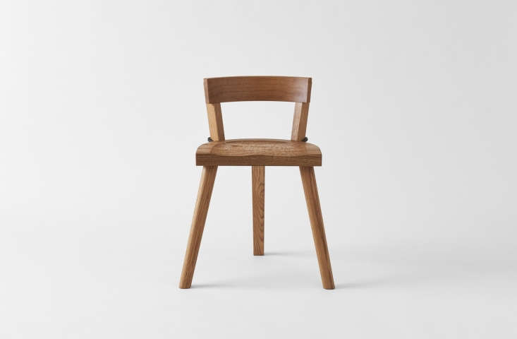 TheMarolles Chair is a design from artist Jean Touret in 47, conceived in the rural French village of Marolles. The design was recently revived by Ed Clay, a furniture maker in Carneros, California. It&#8