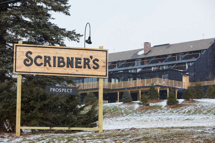 Scribners Catskill Lodge An Eccentric 1960s Lodge with a Modern Update The exterior of Scribner's Catskill Lodge was stained black and updated with a new logo and sign. Photograph by Sidney Bensimon.