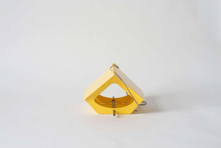 shift makes beekman bird feeder yellow cord