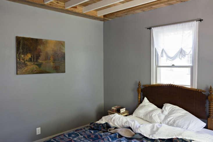 a guest bedroom in throwback \1940s bungalow community the glen wilde. we inter 18