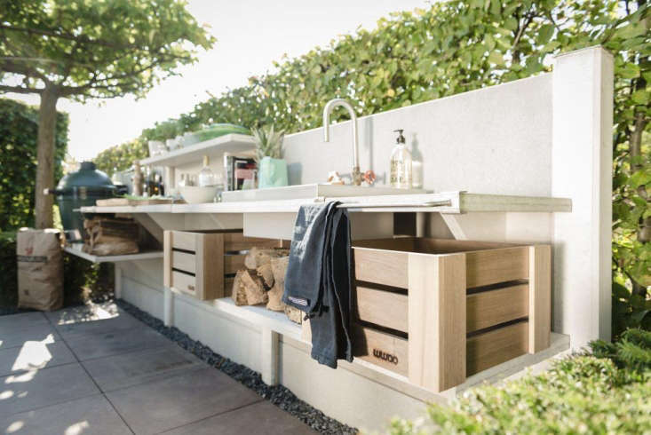 Made of modular components, the WWOO kitchen by Dutch designer Piet Jan van den Kommer offers ultimate flexibility; photograph from VT Wonen. See alsoSteal This Look: The Ultimate Outdoor Kitchen over on Gardenista.