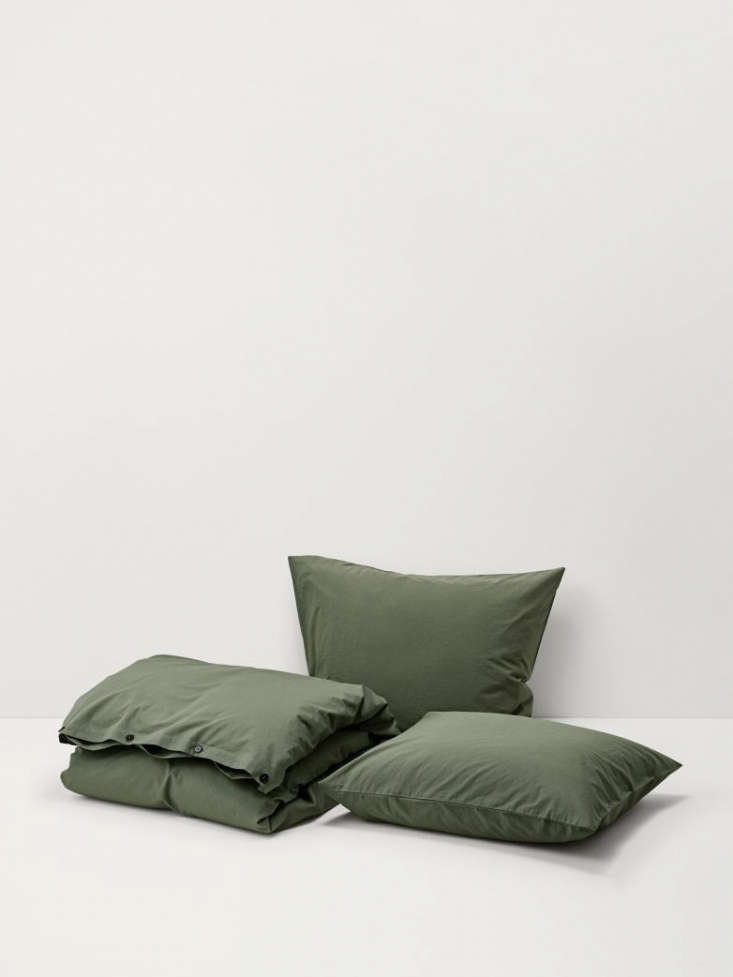 The Stone-Washed Cotton Olive Green Bedding by Artilleriet comes in pillow shams, 5 SEK ($33.loading=