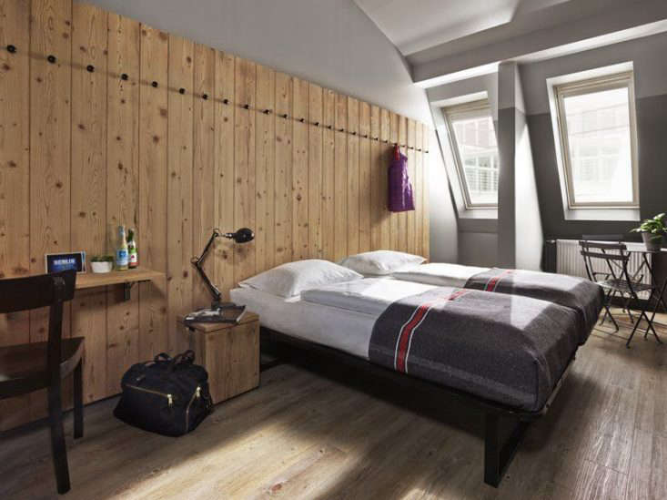 11 HostelStyle Lodges for the New International Nomad Formerly two \19th century office buildings,Generator in Mitte, Berlin, is &#8\2\20;an arts focused uber hostel.&#8\2\2\1; The company has \14 outposts in Europe, ranging from Amsterdam to Venice, plus one in Miami, all designed by Toronto based Design Agency.