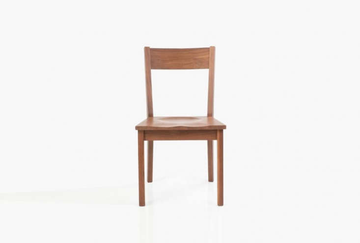 chairs at the small hotel table are theventura dining chairs in white oak fro 14