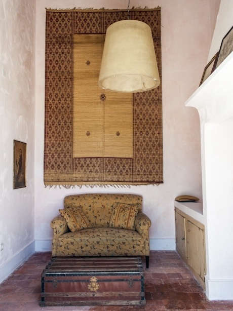 Couch in Suite at Uva do Monte in Portugal