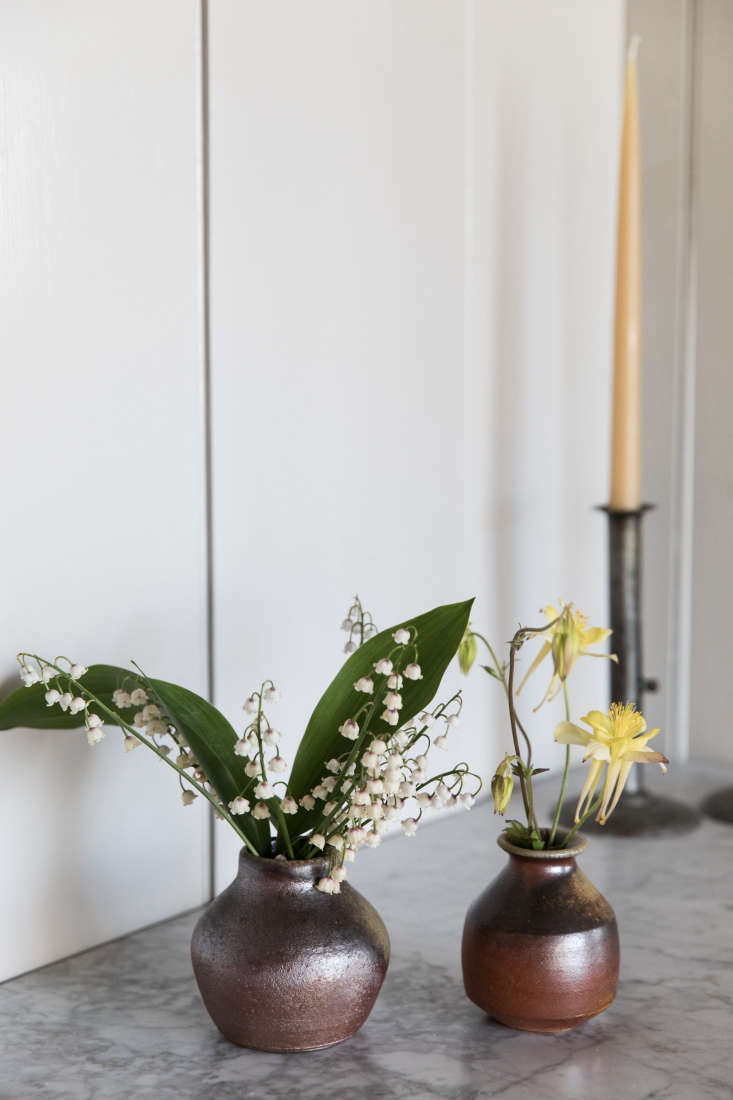 a vignette of locally farmed and foraged flowers bymolly o'rourke, esteves& 17