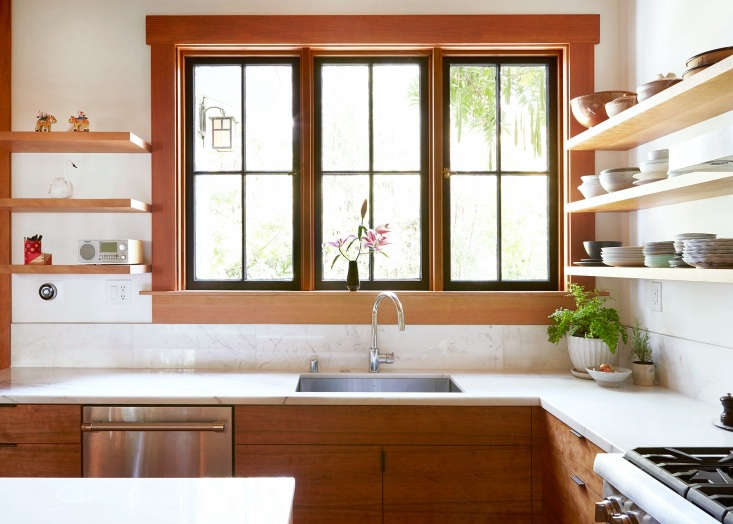 A moderately sized undermount sink gets the job done in Kitchen of the Week: Aya Brackett's Hippie House Update in Oakland (and it&#8