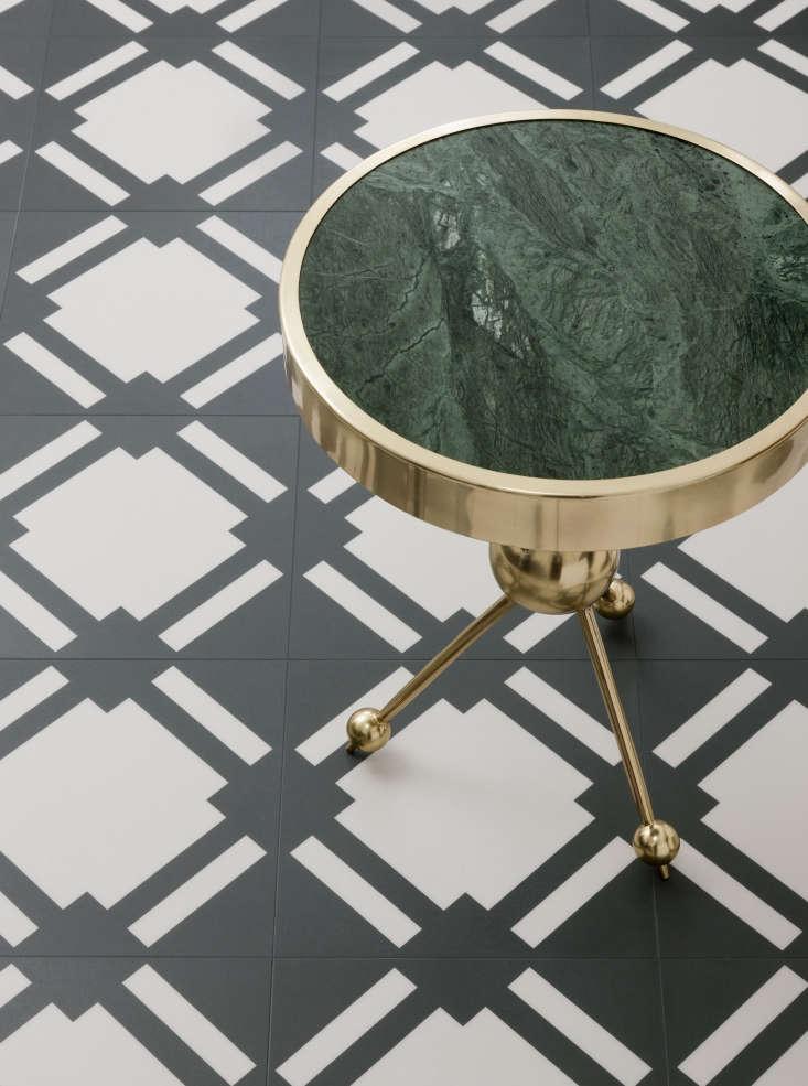 Check vinyl floor tile in darkest gray graphite.