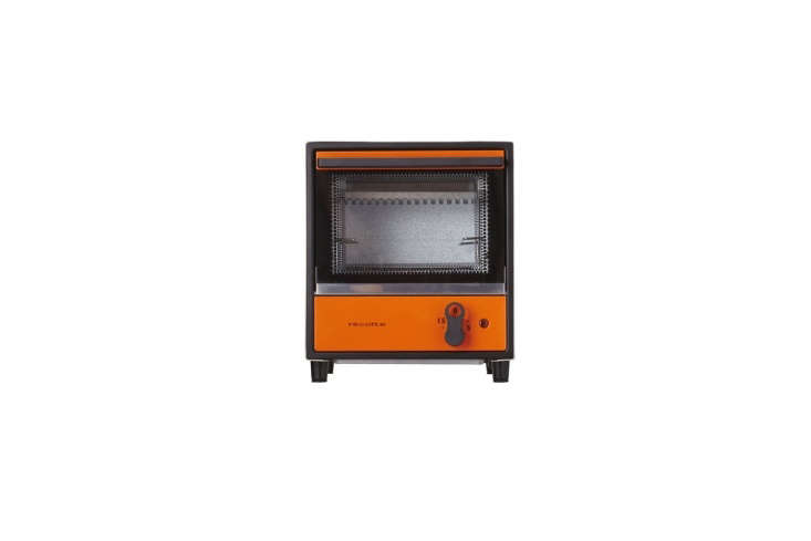 10 Favorites DesignForward Countertop Appliances from Around the World The Recolte Solo Oven Toaster, shown in orange, is from Japan. It&#8\2\17;s compact; approximately \10 by \1\1 inches and, according to reviews, toasts one slice at a time (good for cultivating patience). The toaster oven is \$\159.45 at Amazon.