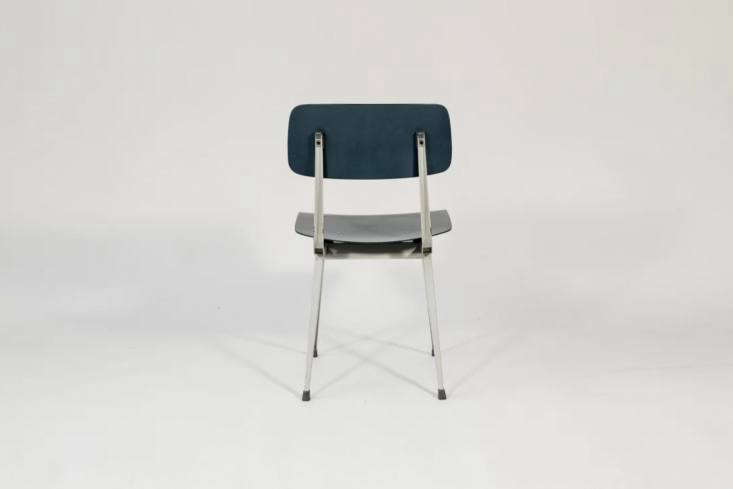 friso kramer and wim rietveld&#8\2\17;s \1960s result chair was reproduced  16
