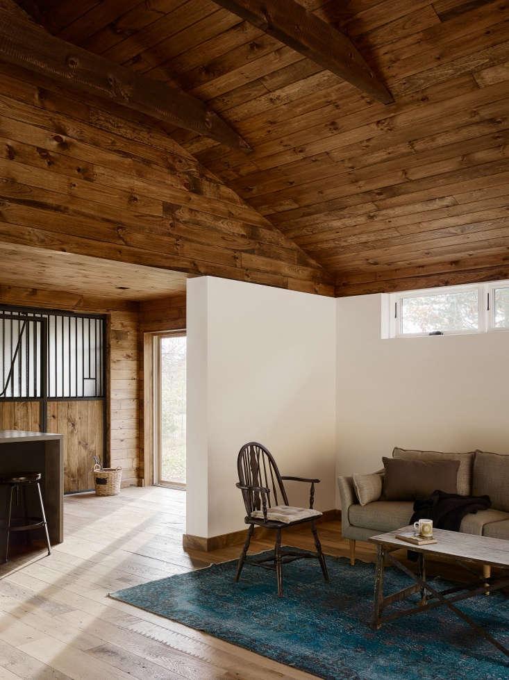 interior catskills barn remodel sitting room