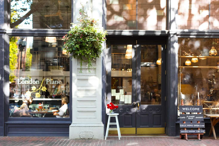 For the storefront, Dillon took a page from the playbook of London shops, which he admires for their &#8
