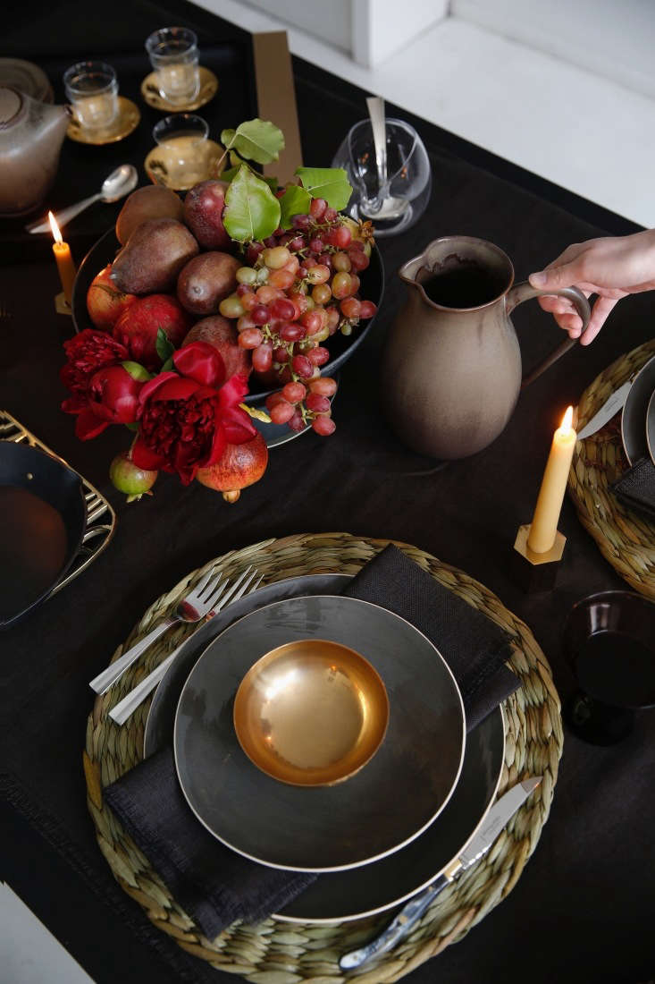 At each setting is a salad plate and dinner plate from Brickett Davda&#8
