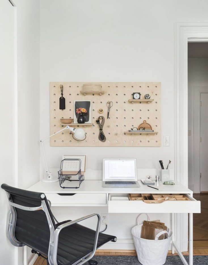 Photograph by Matthew Williams, styling by Alexa Hotz forRemodelista: The Organized Home.