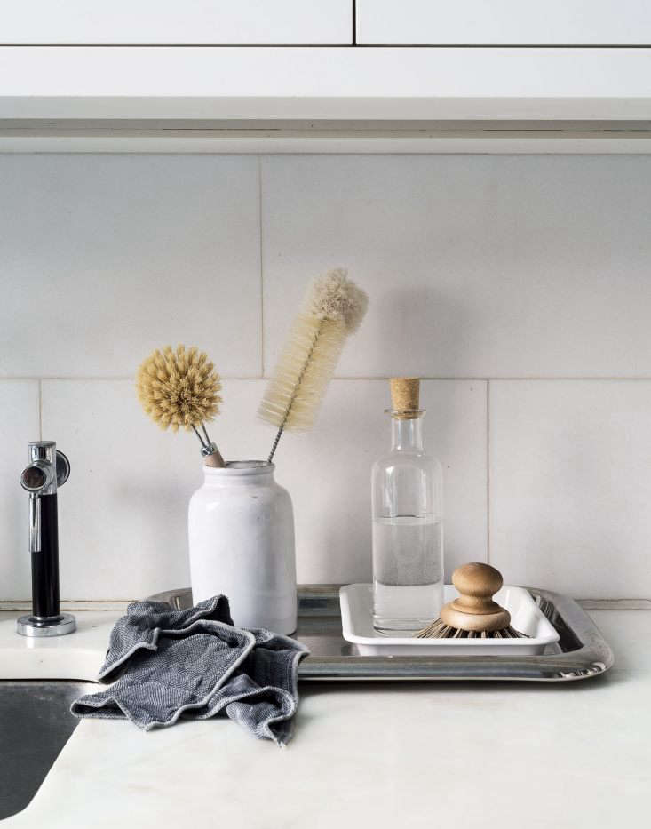 Photograph by Matthew Williams, styling by Alexa HotzforRemodelista: The Organized Home.