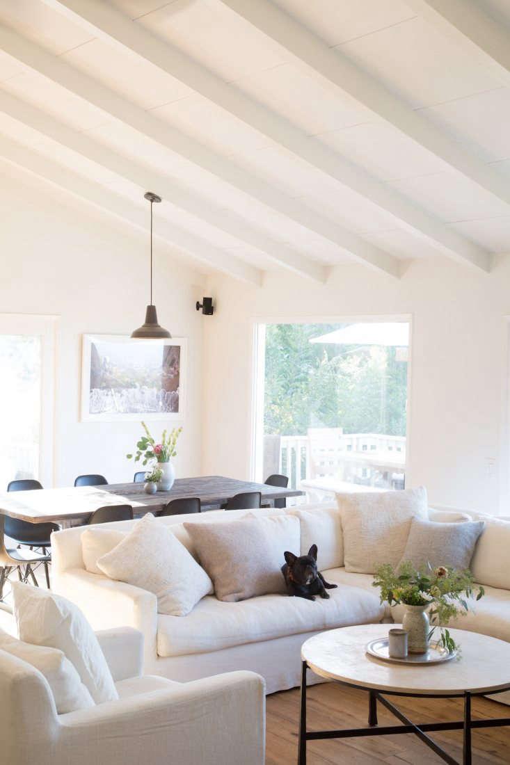 white living room beamed ceiling julia hunter la