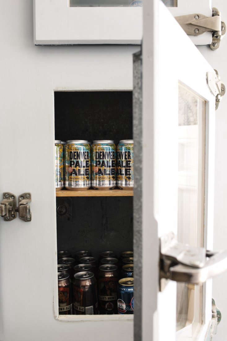 A vintage icebox now holds beers. Photograph by Lauren DeFilippo.