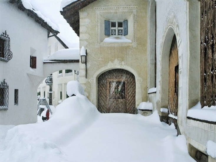 12 Favorites SnowCovered Cabins from the Remodelista Archives A renovated \17th century Engadine farmhouse in the Swiss mountain village of Bever. For more, seeChesa Wazzau: A Restored Farmhouse Near St. Moritz.