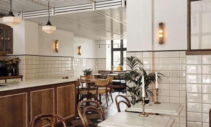 The hotel restaurant, Sanders Kitchen. &#8