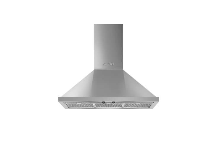 lewis paired the range with a simple smeg wall mounted range hood like the port 17