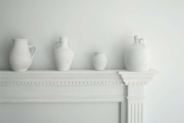 white pottery on mantle calmachica