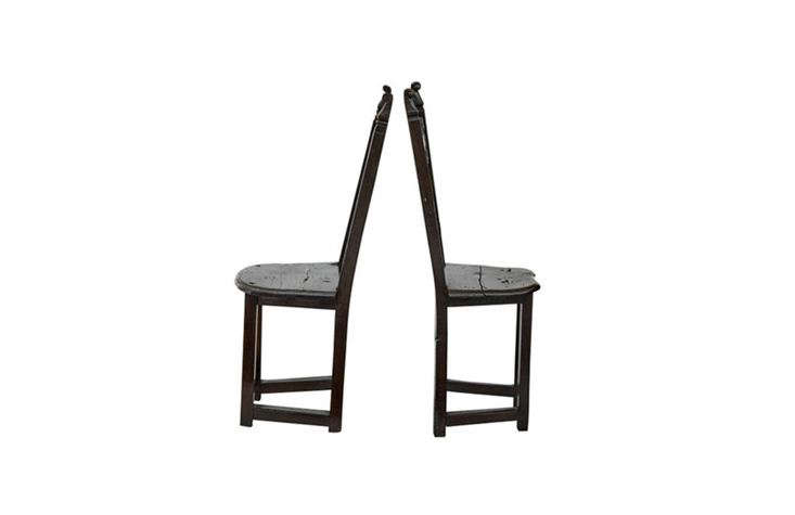 A pair ofth-Century Carolean-Inspired Hall Chairs, made in mid-00s style, from src=
