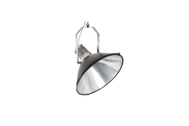 TheLarge Ship Pendant is hand-made of pressed aluminum and conjures maritime style; is can also be positioned to the side and comes with a hand-twisted textile cable; €loading=