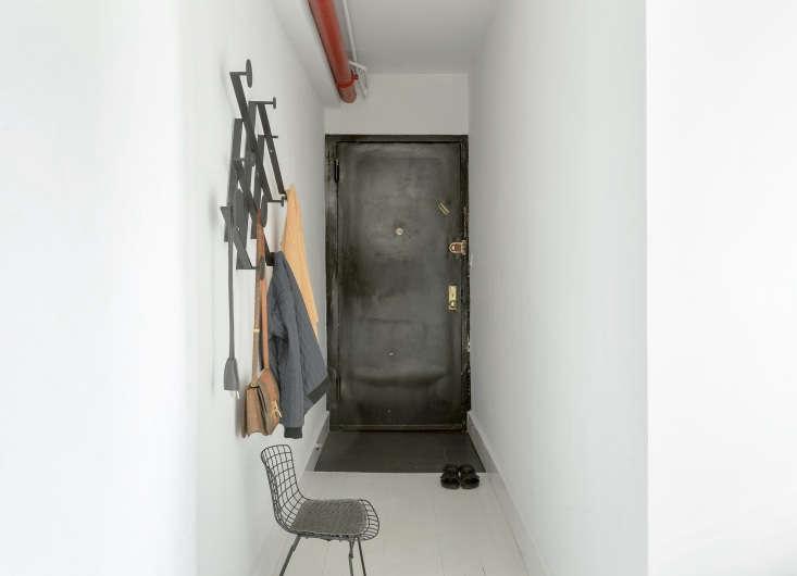 off the entry, a dante memoir accordion coat rack from garde la provides hooks  23