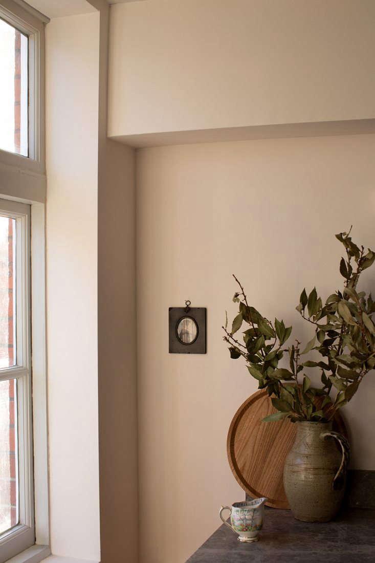 cassandra ellis paints faded blossom