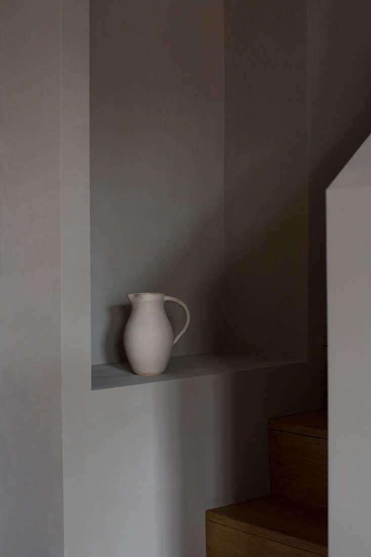 cassandra ellis paints sabi grey