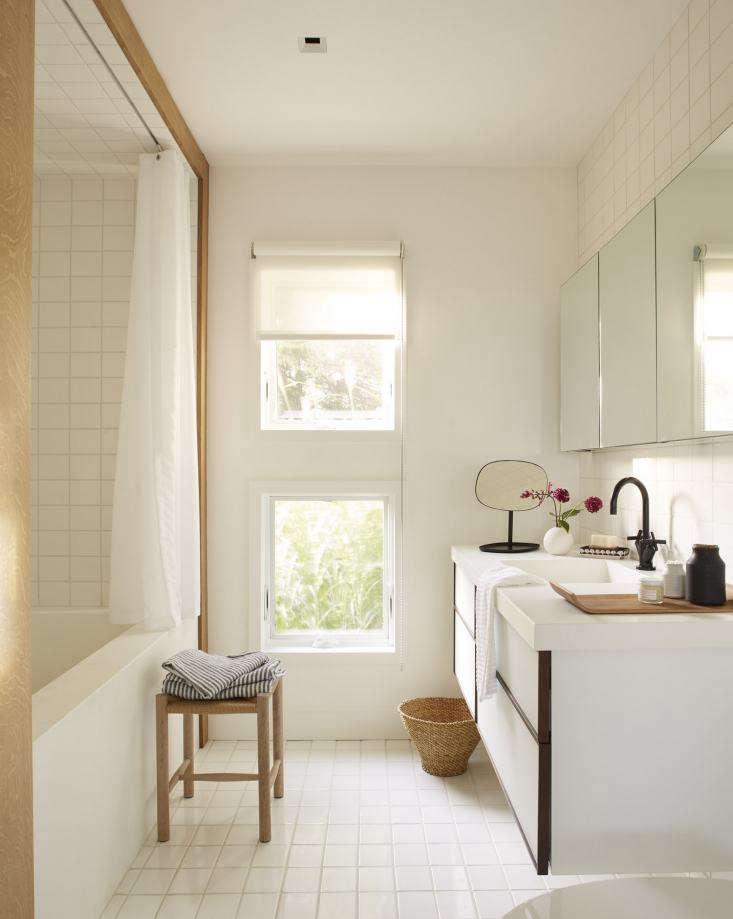 chilmark bathroom hallway white wood trim