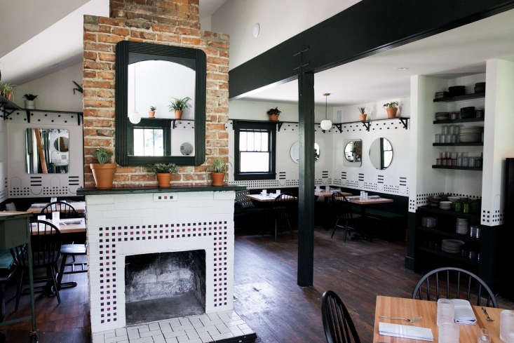 fort louise restaurant interior nashville 1