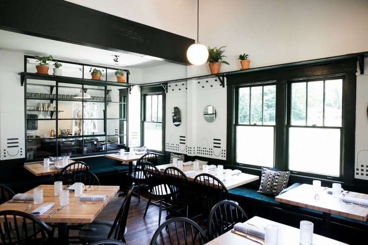 fort louise restaurant interior nashville 3