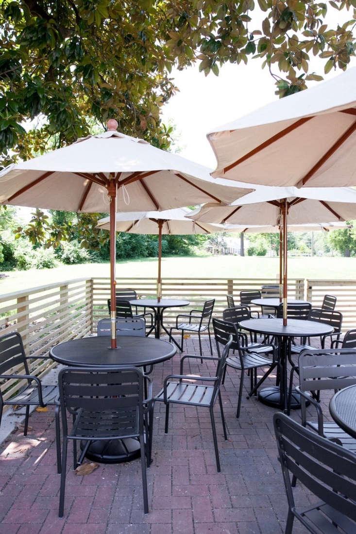 fort louise restaurant interior nashville 8