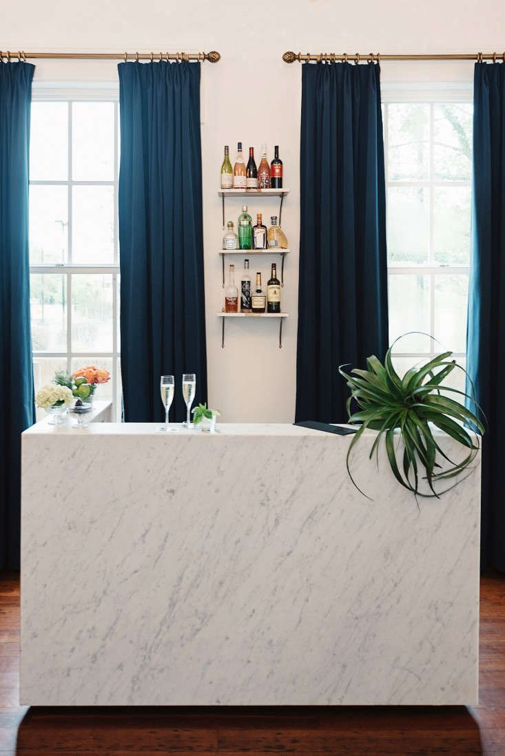 henry hall hotel new orleans marble bar lobby