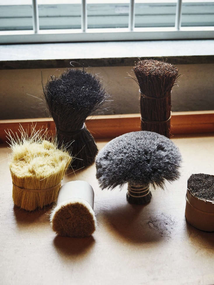brushes are made with sir lankan bassine, coconut fiber, goat hair, artificial  16