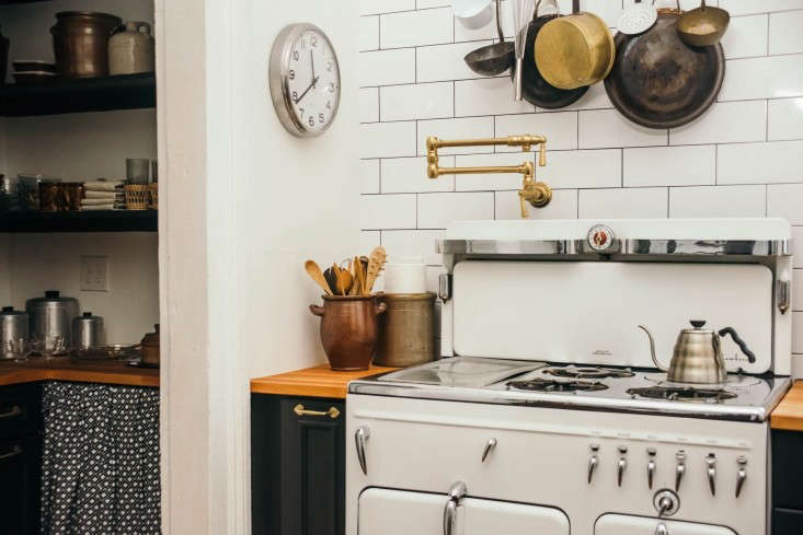 """""""It's like an instrument. It has to be tuned, you have get to know it,"""" says Seth of the vintage Chambers stove from Rosa&#8"""