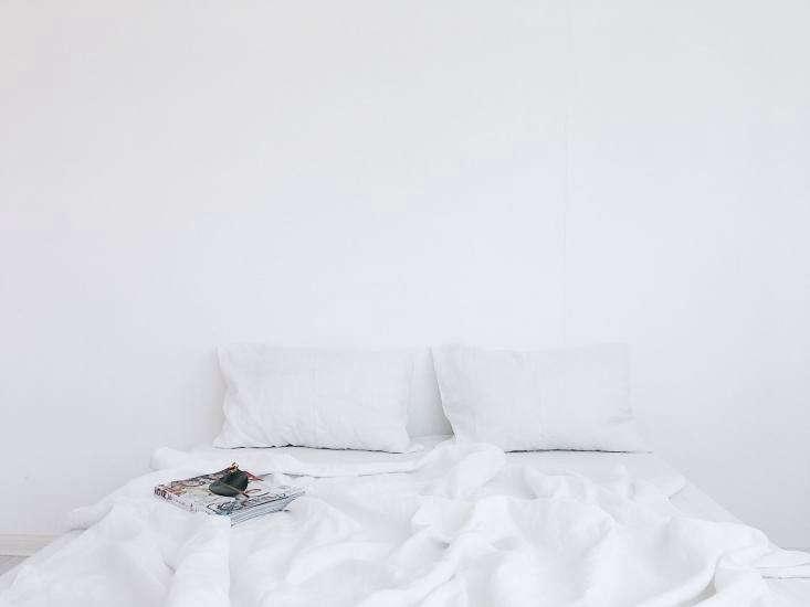 The linens in pure white Foam (&#8