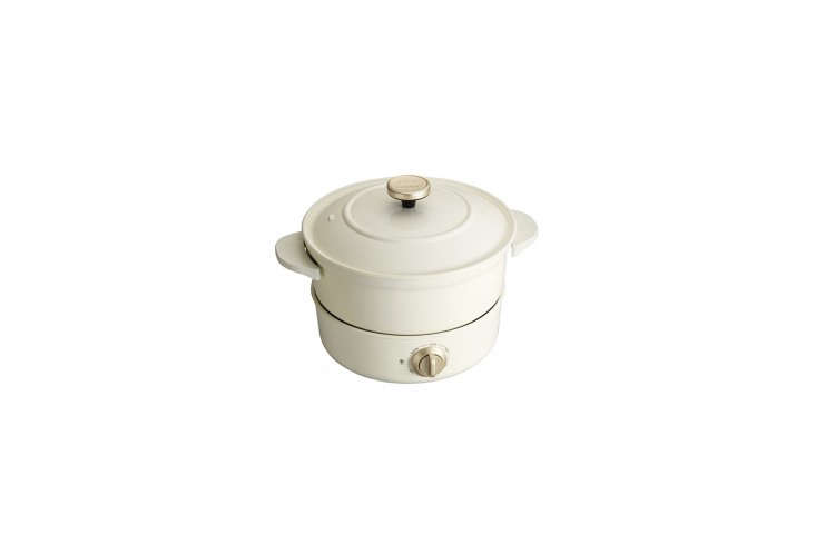 the bruno electric grill pot in white is designed for boiling, baking, steaming 14