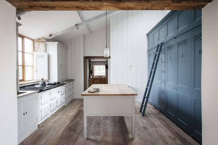 dorset farmhouse kitchen blue cabinet wall plain english 1 1