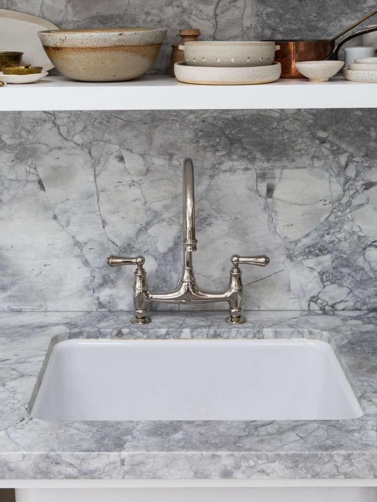 a single bowl sink in kitchen of the week: a backyard kitchen in berkeley, cera 12