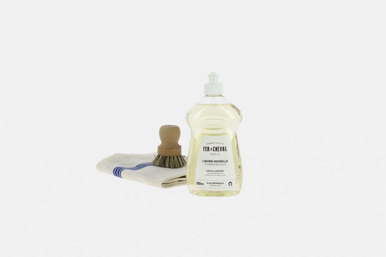 The Fer à Cheval Liquide Vaisselle Savon de Marseille is made without dyes, of Marseille soap; €4.50 at La Trésorerie.